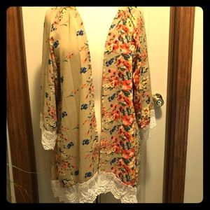 Other - NWT Lace Trim Floral Kimono Cardigan
